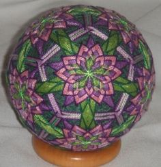 This temari is just wonderful to look at.                                                                                                                                                                                 More