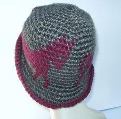 Tapestry Crochet Cloche Rimmed Hat Horse Pattern by WowwyGaZowwy