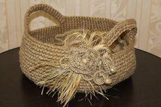 Basket made of jute