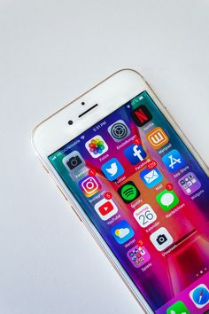 Top Social Media, Social Media Detox, Types Of Social Media, Social Media Marketing, App Store, Best Coupon Apps, Netflix, Instagram Advertising, Smartphone