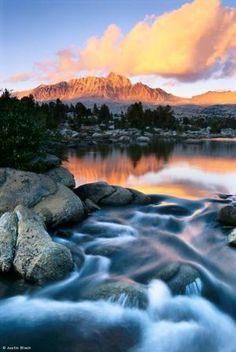 Sunset light on Mount Humphreys from Lower Golden Trout Lake, John Muir Wilderness, High Sierra, California. JB040023 Justin Black