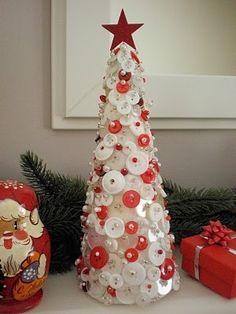 Christmas Tree by abigail