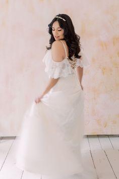 70s Glam Bridal Editorial now featured on The White Wren by Miriam Kaulbarsch Fotografie, Berlin 70s Glam, Girls Dresses, Flower Girl Dresses, Editorial, Boho, Bridal, Elegant, Wedding Dresses, Fashion