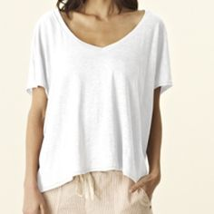 Michael stars Linen Knit V-Neck Flowy Crop Top Fit: Relaxed Fabric: Linen Knit 100% Linen Machine Wash Cold, Tumble Dry Low Made In Usa Michael Stars Tops Crop Tops