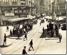 30 Nostalgic Photographs from Old Istanbul – Mustafa Kılıçaslan – Join the world of pin Turkey Vacation, Turkey Travel, Istanbul City, Istanbul Turkey, Old Pictures, Old Photos, Turkish People, Vacation Deals, Black Sea
