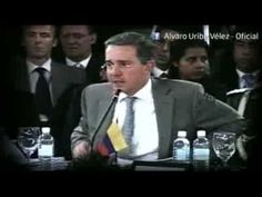 Duelo verbal entre Correa y Uribe - YouTube