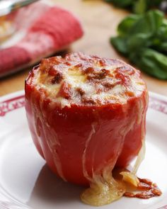 Lasagna-Stuffed Peppers Recipe by Tasty - Brunch Rezepte Low Carb Vegetarian Recipes, Beef Recipes, Cooking Recipes, Cookbook Recipes, Cooking Videos, Gourmet Cooking, Food Videos, Cooking Tips, Recipies