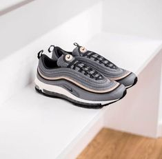Nike Air Max 97 shoes Ultra Edition in striped leather.Foam midsole with full-length visible Nike Air cushioning.Distinctive ripple-effect design with small cutout heel. Air Max 97, Nike Air Max Tn, Nike Air Max Plus, Nike Air Force, Top Running Shoes, Mens Running Trainers, Air Max Sneakers, Sneakers Nike, Red Sneakers