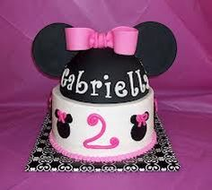 Minnie Mouse Cake or Mickey for a boy Minnie Mouse Pink, Minnie Mouse Cake, Mickey Mouse, Disney Mickey, Walt Disney, Minnie Birthday, 2nd Birthday Parties, Birthday Ideas, Birthday Cake
