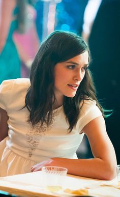"""Keira's white dress in the film """"Laggies"""" - perfect! for a casual wedding maybe? ;-)"""