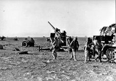 German artillery near Bir Harmat. Army Branches, Afrika Corps, Railway Gun, North African Campaign, Erwin Rommel, Italian Army, Historical Images, German Army, Military History