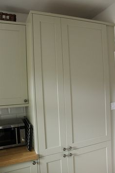 Pantry - Larders units in Greenwich grey from Howdens.