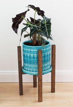 completed diy modern planter stand