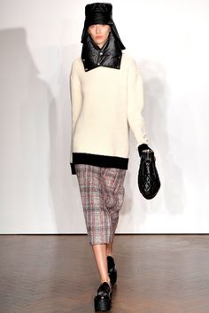 J.W. Anderson - Fall 2012 Ready-to-Wear - Look 6 of 29