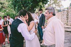 Vintage Style, Vintage Fashion, Wedding Moments, Crete, Most Beautiful, Kiss, Romantic, Couple Photos, Couple Pics