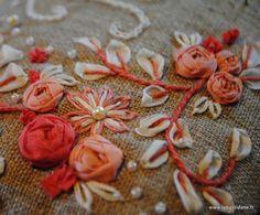 Amazing ribbon embroidery http://labastidane.fr/journal/