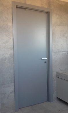 Zdjęcie: Drzwi obrotowo - przesuwne.