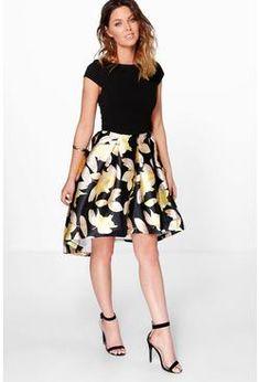 1b2fa52f9fe collection dory robe patineuse fleurie satinée à ourlet plongeant Tux Dress