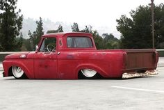 Hot Wheels - Yeah the man @delmospeed with some Ford unibody action he created a while ago, pretty bad ass! #ford #f100 #unibody #accuair #airsuspension #bagged #stance #layframe #carporn #hotrod #truckporn #streetrod #streettruck #streetmachine...