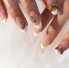 In seek out some nail designs and ideas for your nails? Here is our listing of must-try coffin acrylic nails for trendy women. Aycrlic Nails, Dope Nails, Hair And Nails, Glitter Nails, Coffin Nails, Nagellack Design, Bride Nails, Wedding Nails, Funky Nails