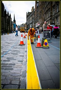 Painting the town yellow Color Pop, Colour, Pop Photos, Edinburgh, Sidewalk, Street View, Yellow, Painting, Image