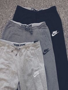 Nike outfits - Ideas Dress Winter Casual Fashion Ideas Christmas Gifts For 2019 Cute Comfy Outfits, Lazy Outfits, Teen Fashion Outfits, Teenager Outfits, Nike Outfits, School Outfits, Look Fashion, Trendy Outfits, Fashion Ideas