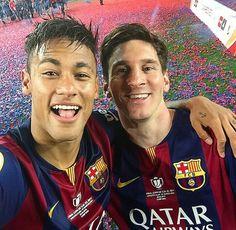 Mercato: Neymar pourrait quitter Barcelone Pour MU à cause de Lionel Messi Neymar Jr, Lionel Messi, Qi Gong, Cristiano Ronaldo, Messi Art, Messi Messi, Manchester United, Messi Style, Cr7 Junior