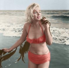 norma jean... and I want that suit, too