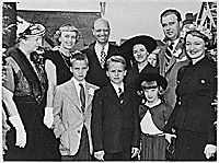Eleanor Roosevelt with Anna, James, and John Roosevelt and Roosevelt grandchildren, 05/1950