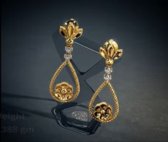 In this video, I have uploaded latest model gold earrings for ladies. Latest Earrings Design, Jewelry Design Earrings, Gold Earrings Designs, Ear Jewelry, Small Earrings, Designer Earrings, Gold Jewelry, Gold Bangles Design, Gold Jewellery Design