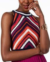 sangria High-Low Crochet-Contrast Dress – Pink 4 - ropa, vacaciones y más Moda Crochet, Crochet Lace, Crochet Stitches, Crochet Shirt, Crochet Crop Top, Crochet Bikini, Crochet Clothes, Diy Clothes, Crochet Designs