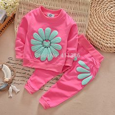 Spring and Autumn Baby girl floral clothing set sports suit set children Christmas outfits girls tracksuit clothes T-shirt&pant(China (Mainland)) Baby Outfits, Kids Outfits Girls, Kids Girls, Sport Outfits, Baby Girls, Newborn Girls, Casual Outfits, Girls Tracksuit, Tracksuit Set