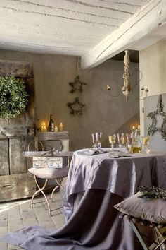 Best French Country Farmhouse Decor Inspiration & Peaceful Quotes - French country farmhouse decor in a romantic dining area with lavender. French Interior, French Decor, French Country Decorating, French Country Farmhouse, French Country Style, Rustic French, French Countryside, European Style, Country Home Magazine