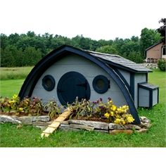 Hobbit Hole Chicken Coop, Large (Ships Free!) from My Pet Chicken...my sons next spring project ...what a great idea even if you only want one little chicken :)
