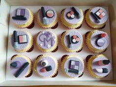 Make up cupcakes - by MrsT @ CakesDecor.com - cake decorating website