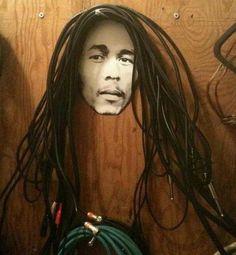 Originelle DIY Dekoration - Alte Kabel zum Gestalten von Bob Marley