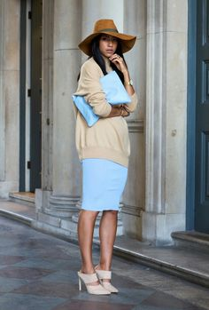 outfit pastel blue classic