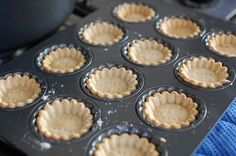 Homemade Mini Tart Shells (How to make tartlet shells) — The 350 Degree Oven Mini Tartlets, Mini Fruit Tarts, Mini Pies, Lemon Tartlets, Lemon Curd, Bite Size Desserts, Mini Desserts, Just Desserts, Delicious Desserts
