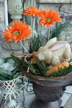 easter decorated porches   ... some pale pink to it. I love how the oval shape looks for Easter
