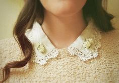 floral collar tips Collar Tips, Jewelry Art, Collars, Pearl Necklace, Chokers, Pearls, Floral, Fashion, String Of Pearls