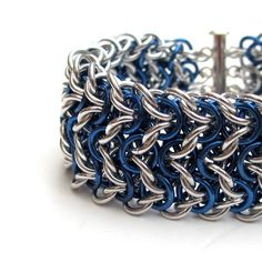 Elfsheet chainmaille bracelet in blue and silver by tat2dchaind