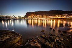 Noches mágicas y reflejos de luz en el puerto de Mogán - Fotto de Juan Ramon Rodriguez