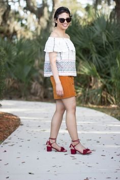 RD's Obsessions: Embracing It, RD's Obsessions: Embracing It, off the shoulder top, a-line skirt, fringe sandals, lace up sandals, sarasota, travel post, vacation style, summer style, summer fashion