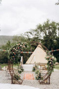 Beautiful boho wedding in Ireland