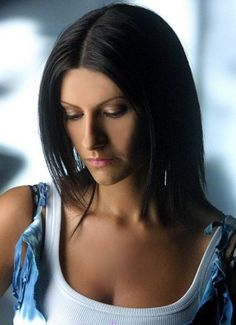Nel tuo cuore vivrò Laura Paussini, Singing Contest, Pop Rock Music, Maria Callas, Italian Beauty, Latin Music, Pop Singers, Her Music, Record Producer