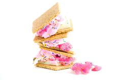 Frosted Animal Cracker S'mores Frosted Animal Crackers, Creative Pictures, Tuna, Fish, Meat, Breakfast, Unicorn, Design, Beef