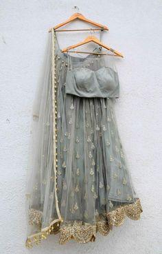 Ideas indian bridal wear saree colour for 2019 Brocade Lehenga, Black Lehenga, Indian Lehenga, Anarkali, Lehenga Choli, Gold Lehenga, Floral Lehenga, Floral Blouse, Indian Bridal Wear