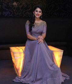 Ideas For Birthday Party Dress Women Prom Gowns Simple Dress Casual, Simple Gowns, Casual Dresses, Fashion Dresses, Formal Dresses, Simple Gown Design, Frock Models, Gown Party Wear, Lehenga Gown