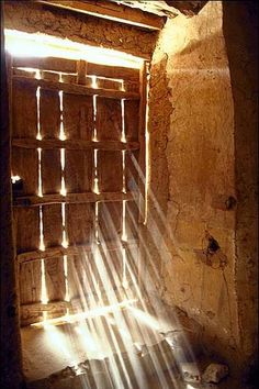 There is a crack in everything / that's how the light gets in. Timbuktu, Mali.