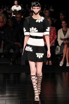 Alexander McQueen | Spring 2015 Ready-to-Wear | 10 Monochrome floral belted short sleeve mini dress
